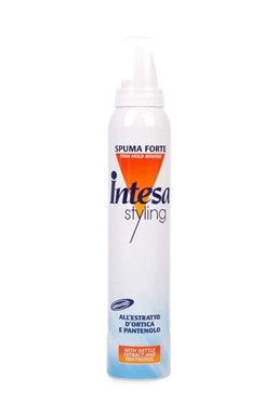 INTESA Spuma Forte Pěnové tužidlo na vlasy silně tužící 300ml
